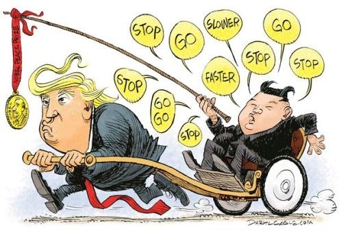 """عکس خبري -""""اون"""" اينطوري سوار ترامپ شده / کاريکاتور"""