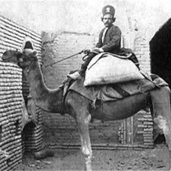 عکس خبري -عکس ديده نشده از پستچي در زمان قاجار
