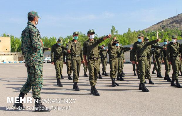 بخشش اضافه خدمت و اعطاء مرخصي تشويقي به سربازان ناجا