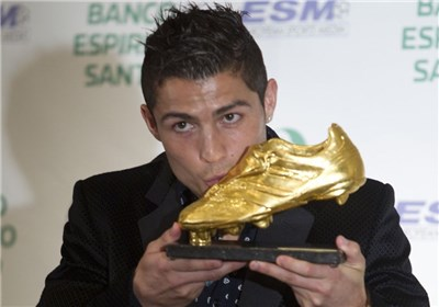 عکس خبري -زمان تحويل کفش طلا به رونالدو مشخص شد
