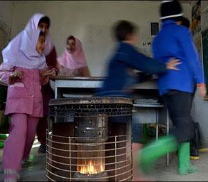 عکس خبري -نقص تجهيزات گرمايشي در مدارس هيچ توجيهي ندارد/خيلي از وزرا اداي بچه مثبت ها را در مي آورند