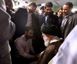عکس خبري - شاعر «از آخر مجلس شهدا را چيدند» كيست؟+تصاوير