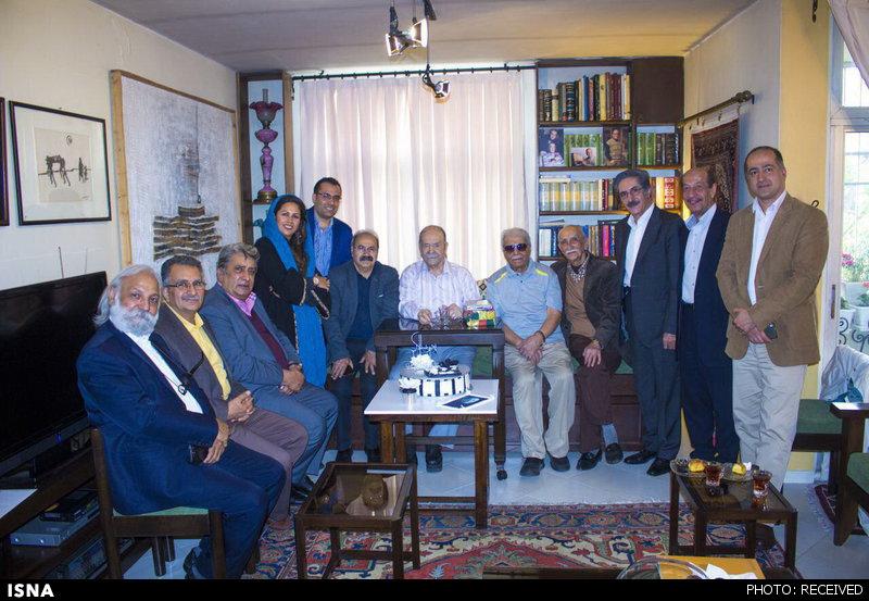 عکس خبري -جشن تولدي براي محمدعلي کشاورز + عکس