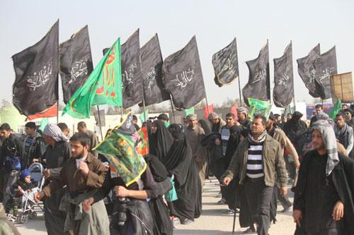 عکس خبري -گامهاي مستحکم راهپيمايان در اربعين حسيني کاخ مستکبران را به لرزه انداخت