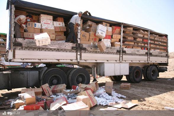 عکس خبري -دولت اراده اي براي مبارزه با قاچاق کالا ندارد/منفعت برخي افراد منجر به گسترش قاچاق شده است
