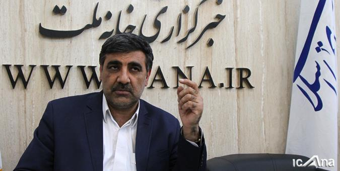 عکس خبري -دولت برنامه هاي حمايتي و اقتصادي خود را به سرعت اجرايي کند