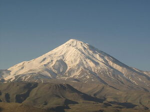 عکس خبري -دماوند؛ کوه دلار براي فدراسيون کوهنوردي