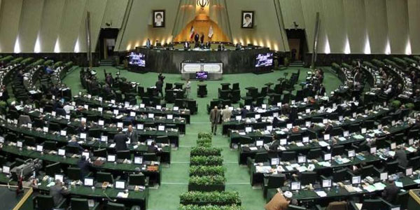 عکس خبري -چرا عده اي تلاش ميکنند مجلس يازدهم را به حاشيه ببرند؟