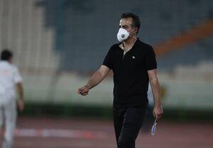 عکس خبري -رمضاني: تا ? صبح درگير بيماري بازيکنمان بوديم اما به حرف ما گوش نميدهند/ دوست ندارم در اين فوتبال بمانم