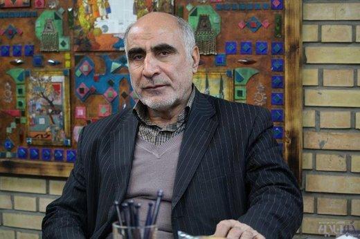 عکس خبري - رئيس بانک مرکزي از ايجاد آرامش و ثبات در بازار ارز عاجز است
