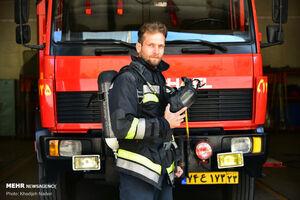عکس خبري -چرا آتشنشان بودن در تهران شغل سخت نيست؟