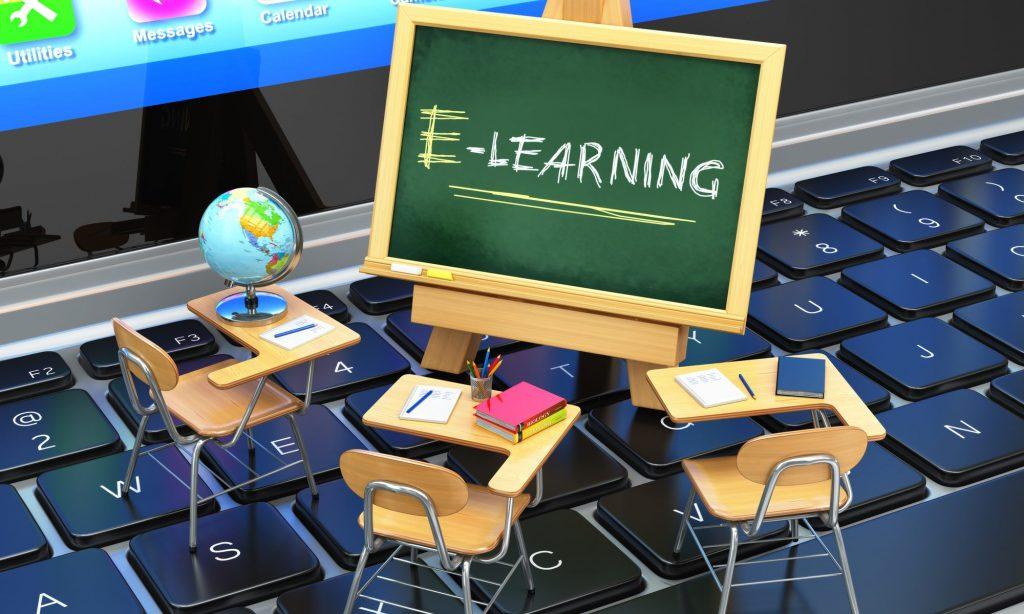 عکس خبري -تنها و رها در مدرسه مجازي!
