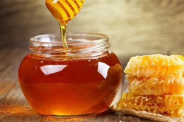 عکس خبري - اگر سرما خورده ايد، عسل را فراموش نکنيد