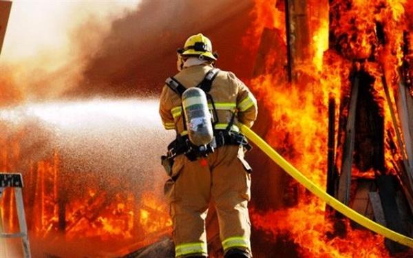 عکس خبري -آتشسوزي اقامتگاه کارگران در مريوان تلفاتي نداشت