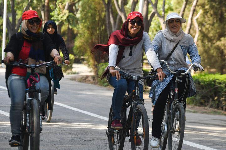 عکس خبري -چالشهاي دوچرخهسواري بانوان در شهر ملي دوچرخه