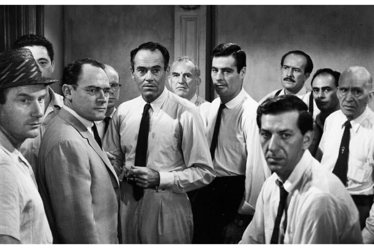 تحليل فيلم «دوازده مرد خشمگين» در راديو نمايش