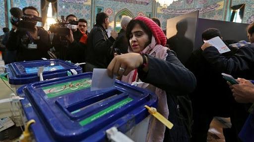 سيزدهمين انتخابات ايرانيان شگفتيساز شد