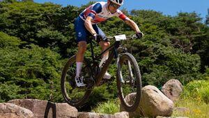 عکس خبري -طلاي دوچرخه سواري کوهستان به انگليس رسيد
