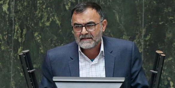 عکس خبري -کمبود گندم حاصل بيتدبيري و خيانت دولت روحاني است